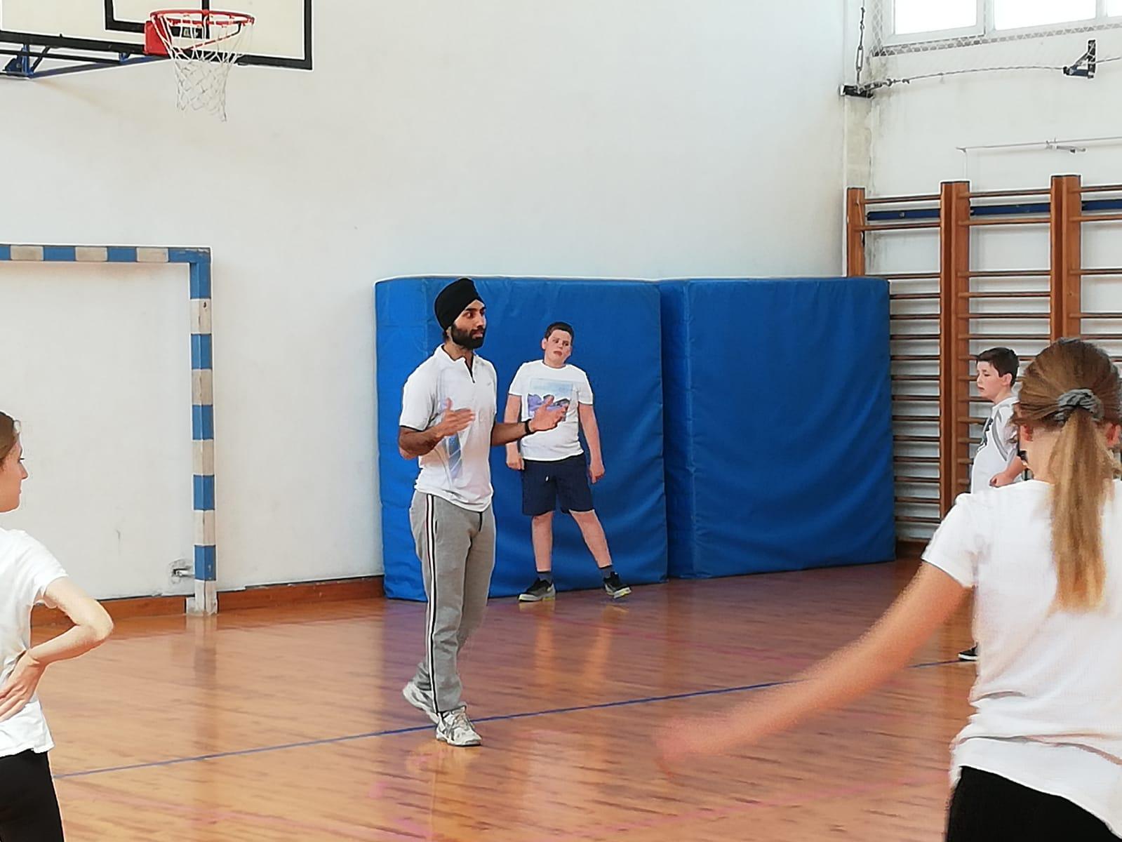 Introductory Training In Skola Bartola Kasica Badminton Club Zadar